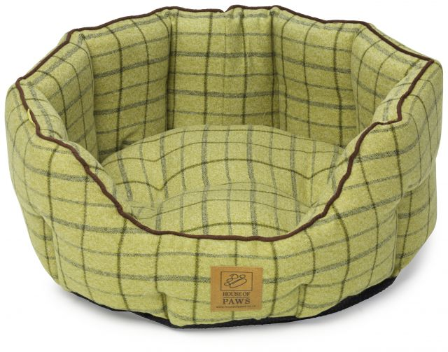 Green Tweed Oval Snuggle Bed