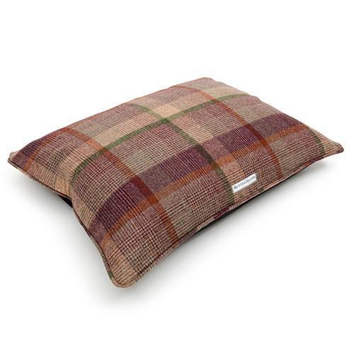 Mutts And Hounds Grape Check Pillow Bed