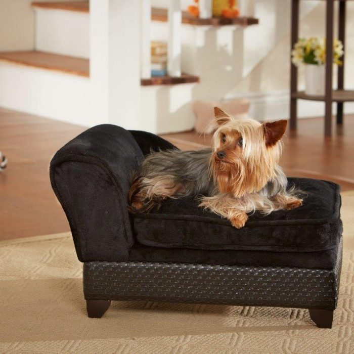 Black Chaise Lounge Storage Dog Bed